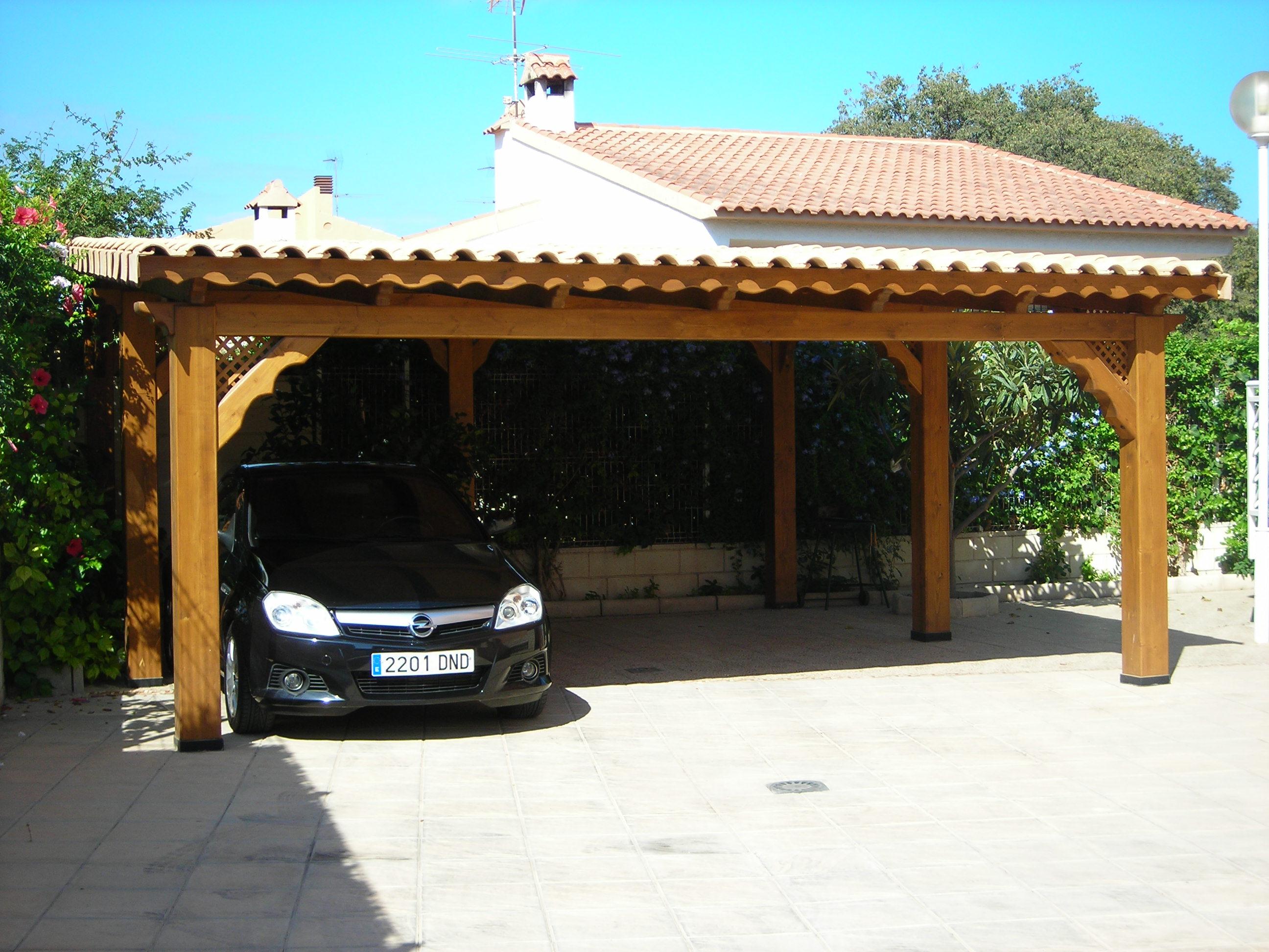 Tipos de techos para autos que lo proteger n en cualquier ambiente - Porches para coches ...